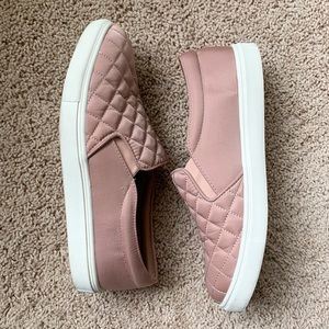 A New Day Women's Reese Quilted Sneakers